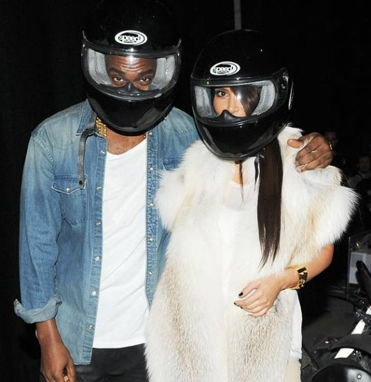 Kim Kardashian et Kanye West à l'after show de Monsieur, en mars 2012