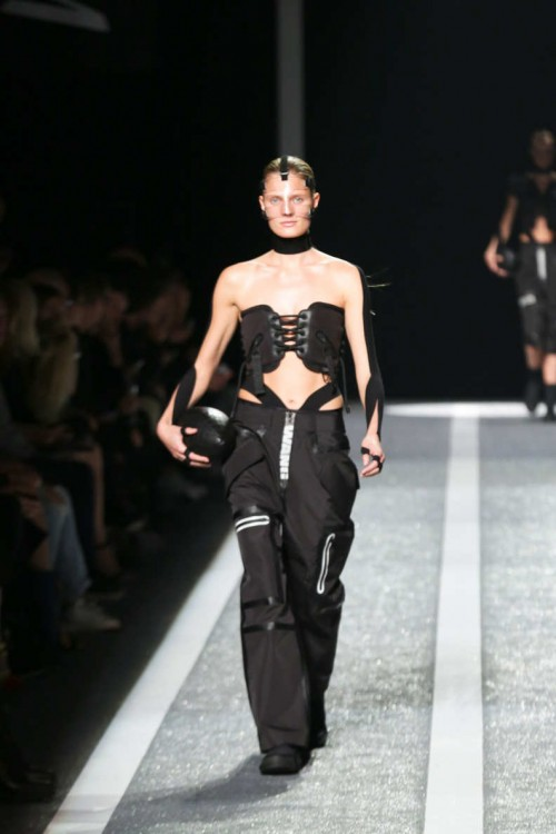 alexander-wang-hm-party-16.nocrop.w835.h594.2x